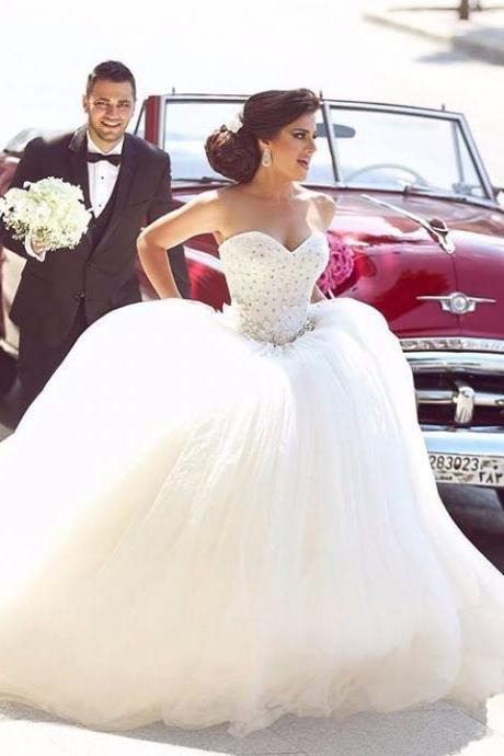 Robe de mariage 2016 New Elegant Sweetheart Neck Sleeveless Chapel Train Ball Gown Beading Tulle Wedding Gowns